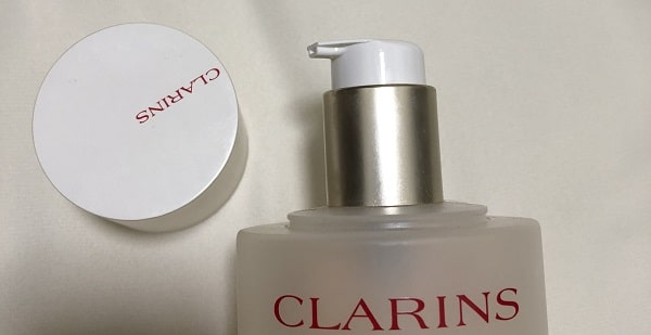 クラランス化粧水のポンプ